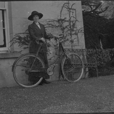 10B Bridget Voss with bicycle, 22 Oct 1913.jpg